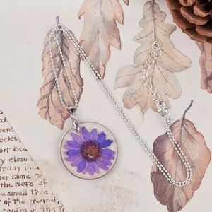 Necklace Flower VIO